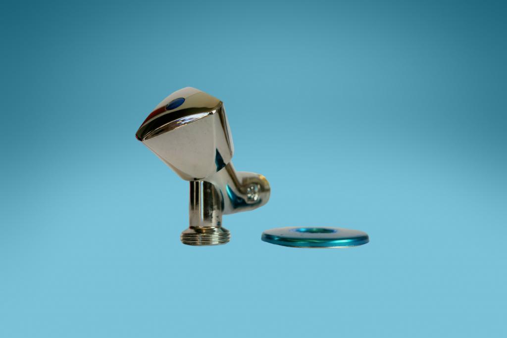 Waschmaschinenhahn mit Rückflussverhinderer